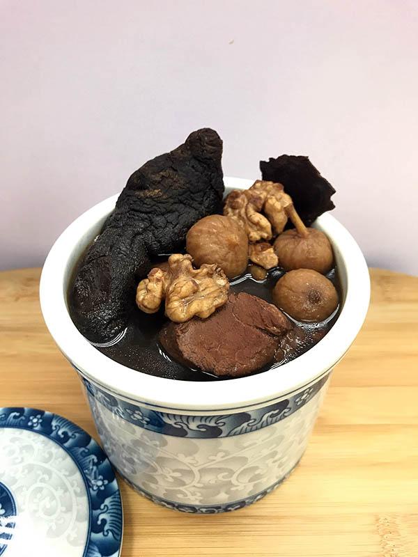 fig-yellow-walnut-soup-3-600px.jpg